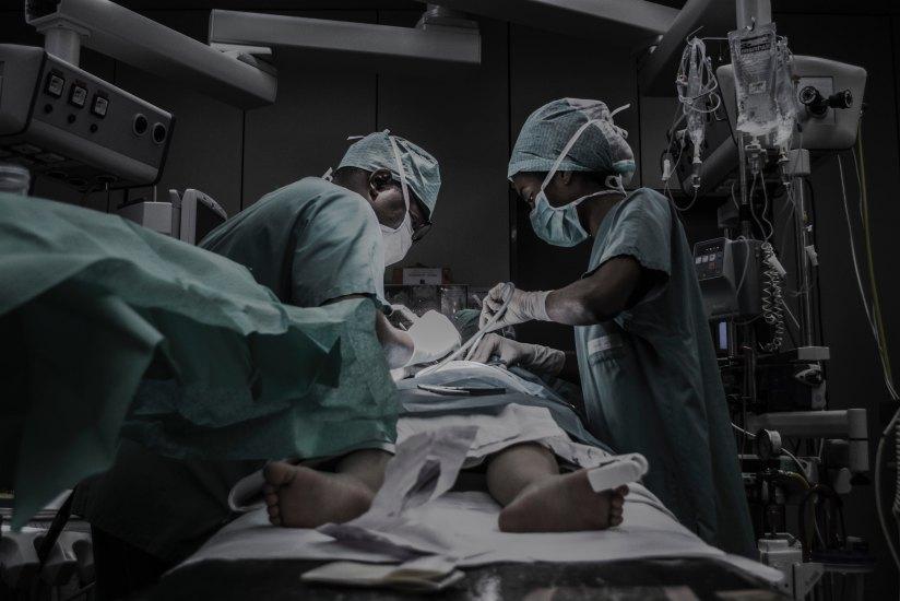 Sem erro médico, STJ condena em dano moral pela ausência de informação dos riscos cirúrgicos aopaciente